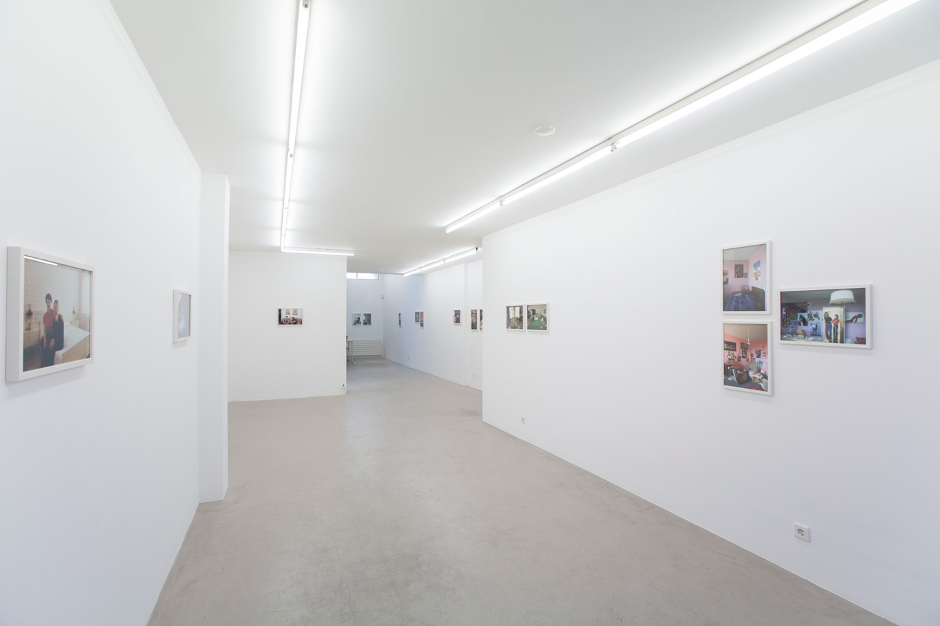 Ornis-A.-Gallery---Thomas-Mayer---Wohnpotraits-exhibition-view-2