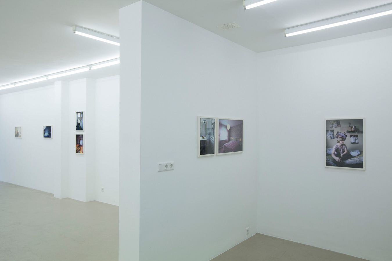 Ornis-A.-Gallery---Thomas-Mayer---Wohnpotraits-exhibition-view-3