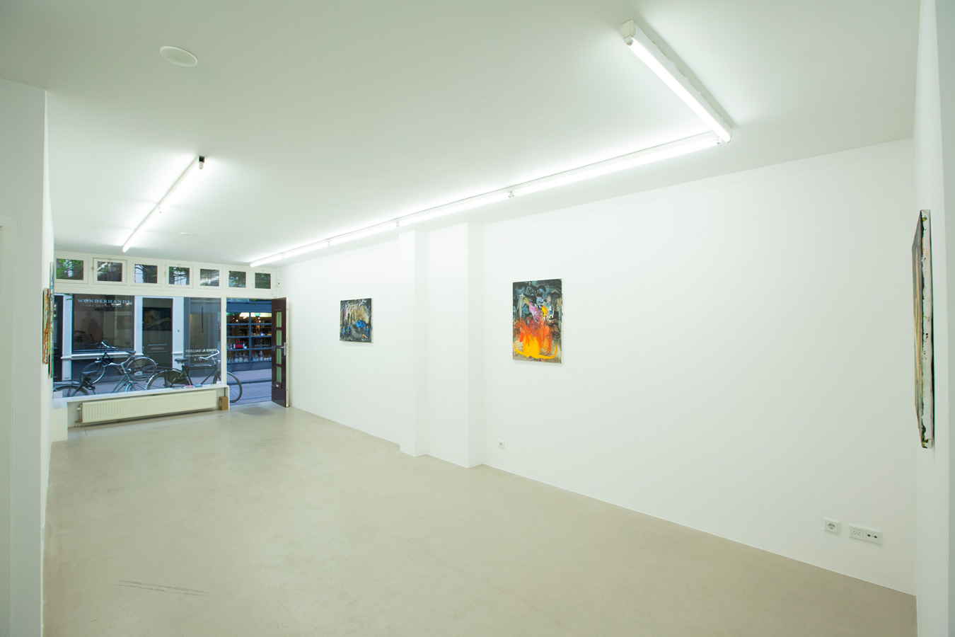 Ornis-A.-Gallery---exhibition-view-Julius-Hofmann---stony-fields-3